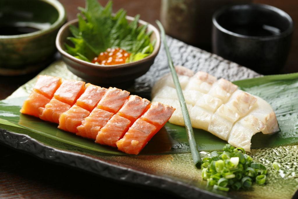 <p>川魚のお刺身</p>