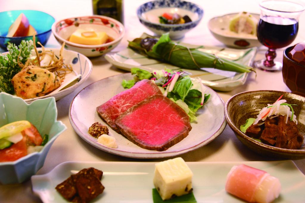 <p>料理の一例</p>